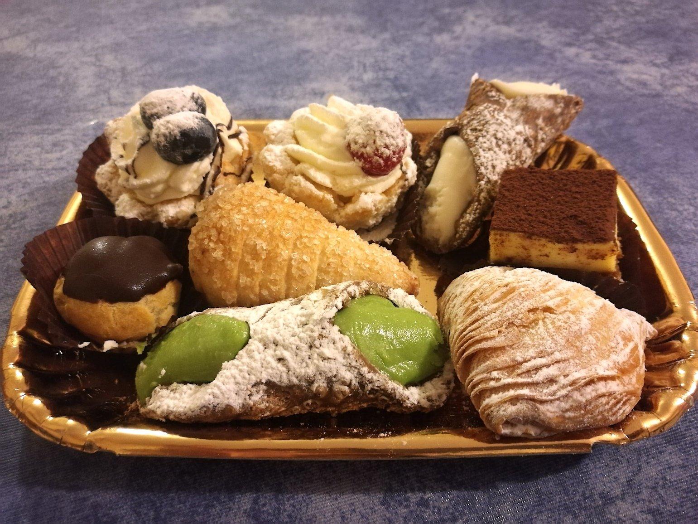 guide local dessert rome gelato sweets