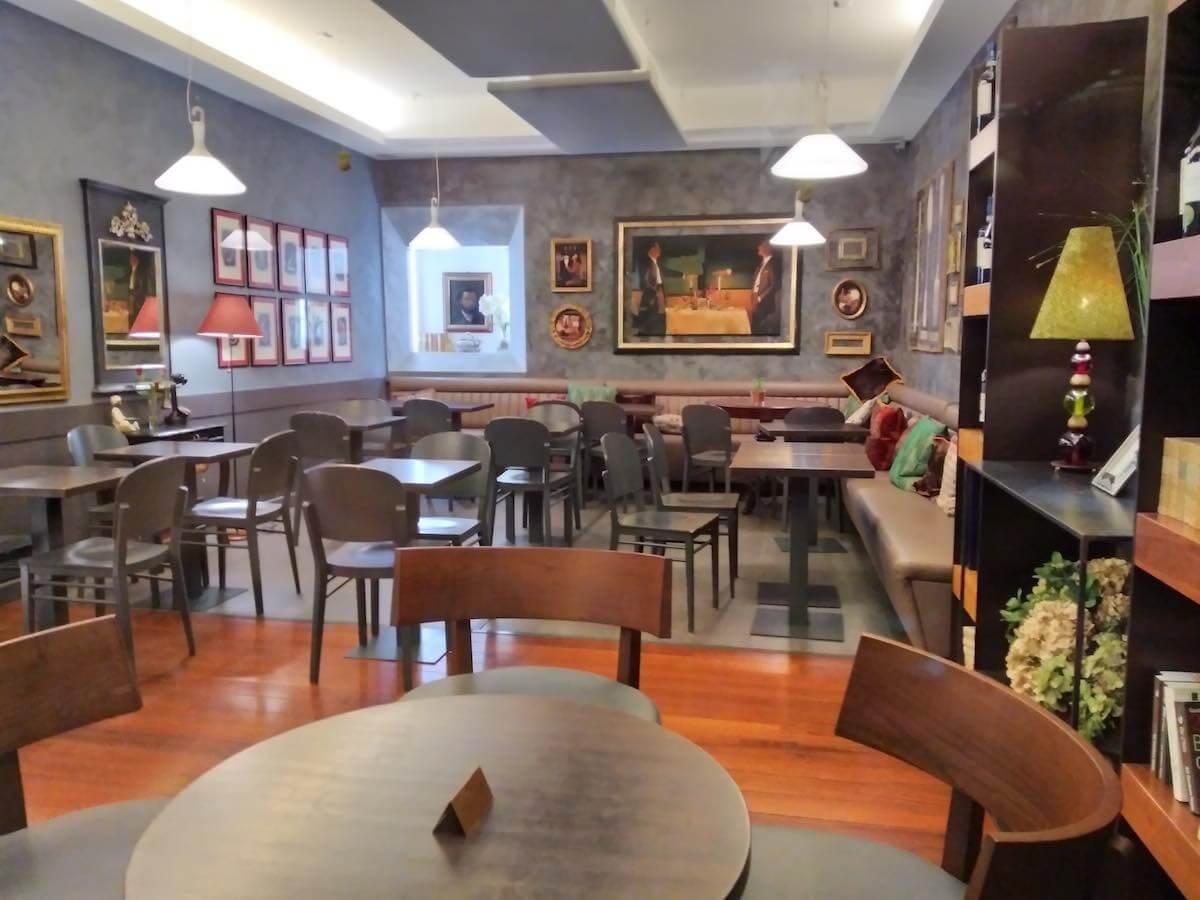 monti rome neighborhood cafe