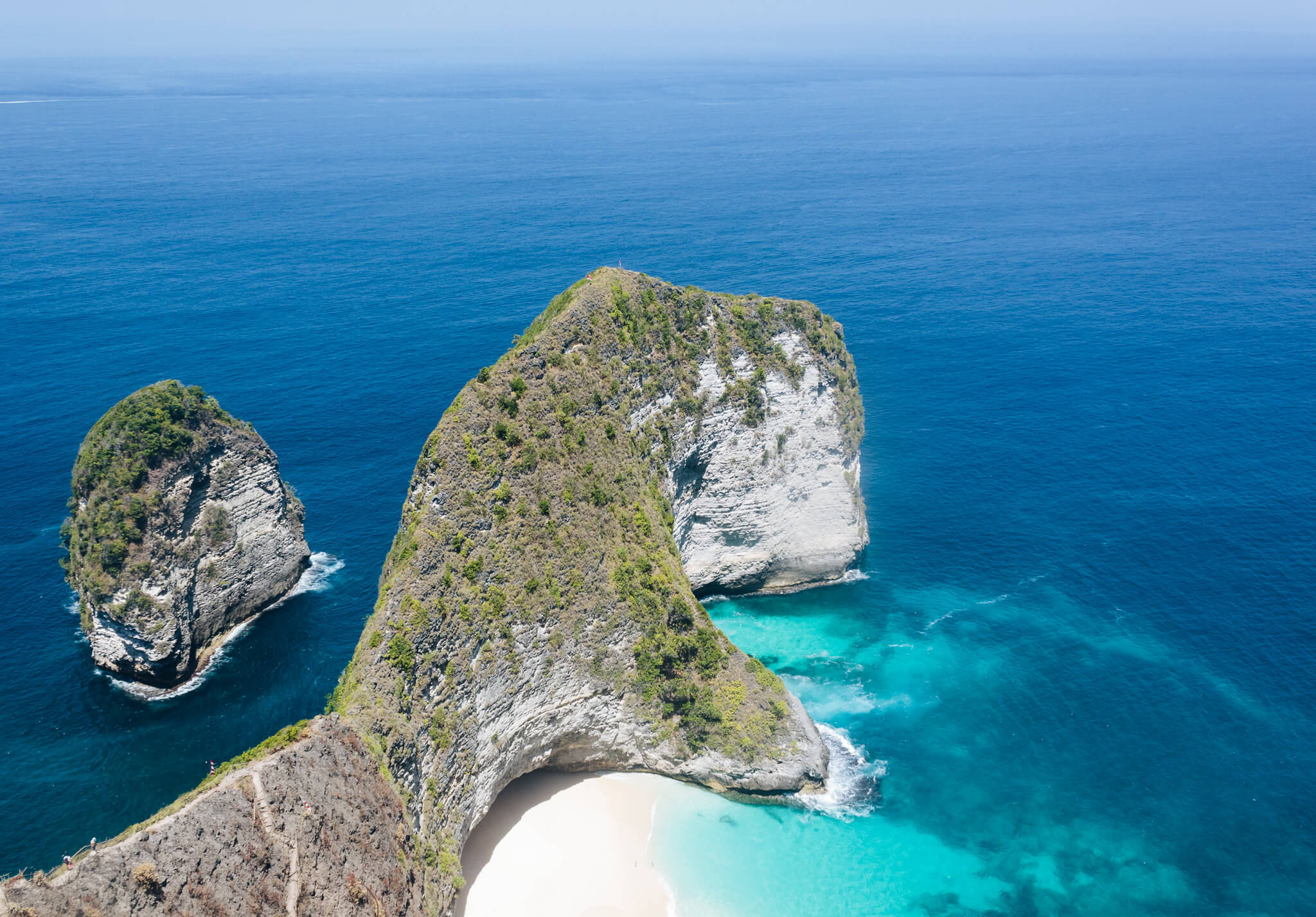 where to go in indonesia beaches